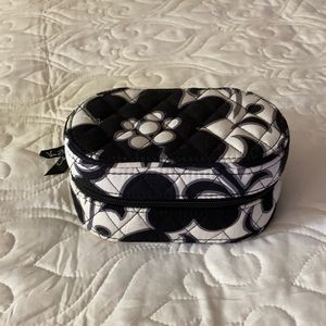 Like new Vera Bradley jewelry box